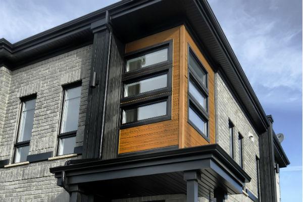 Fenêtre à battant et auvent (PVC & HYBRIDE)